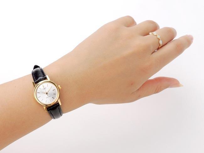 Làm sao để đồng hồ mới đẹp và bền lâu