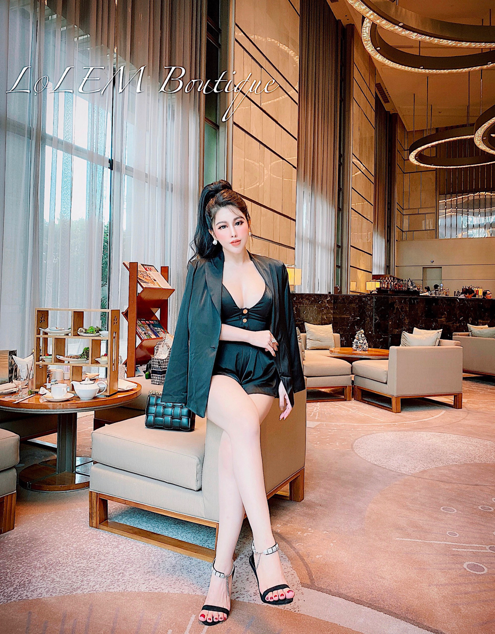 Khám phá phong cách thời trang quyến rũ, cá tính của cô chủ Lọ Lem Boutique - CEO Phạm Thị Thanh Nhàn  - Ảnh 4