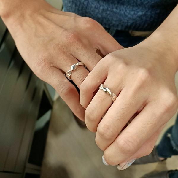 戒指戴法-戒指戴無名指