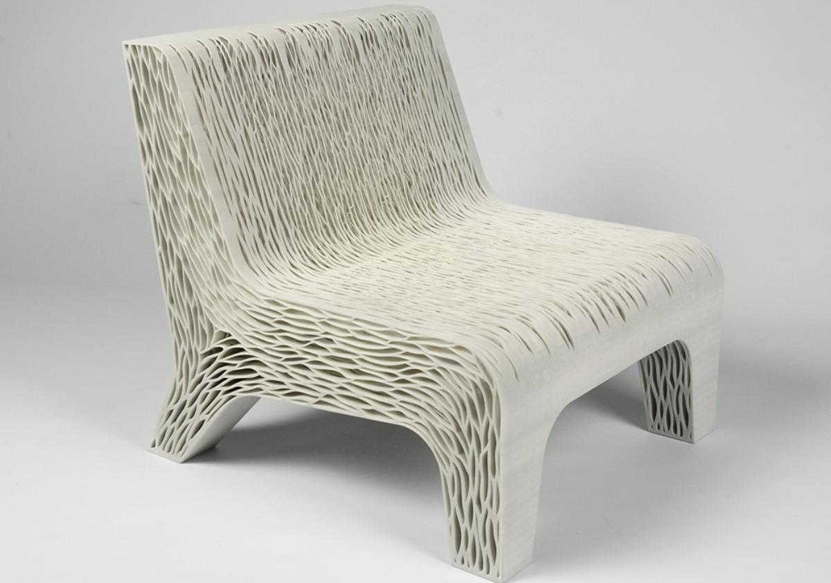 Губчатый стул Лилиан ван Даль