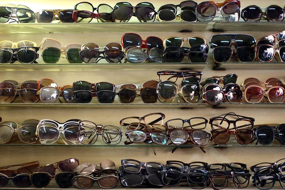sarojini-nagar-market-sunglasses_image