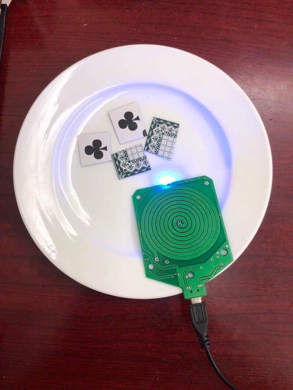 Xóc đĩa thời công nghệ cao sử dụng rất nhiều mánh khóe gian lận tinh vi