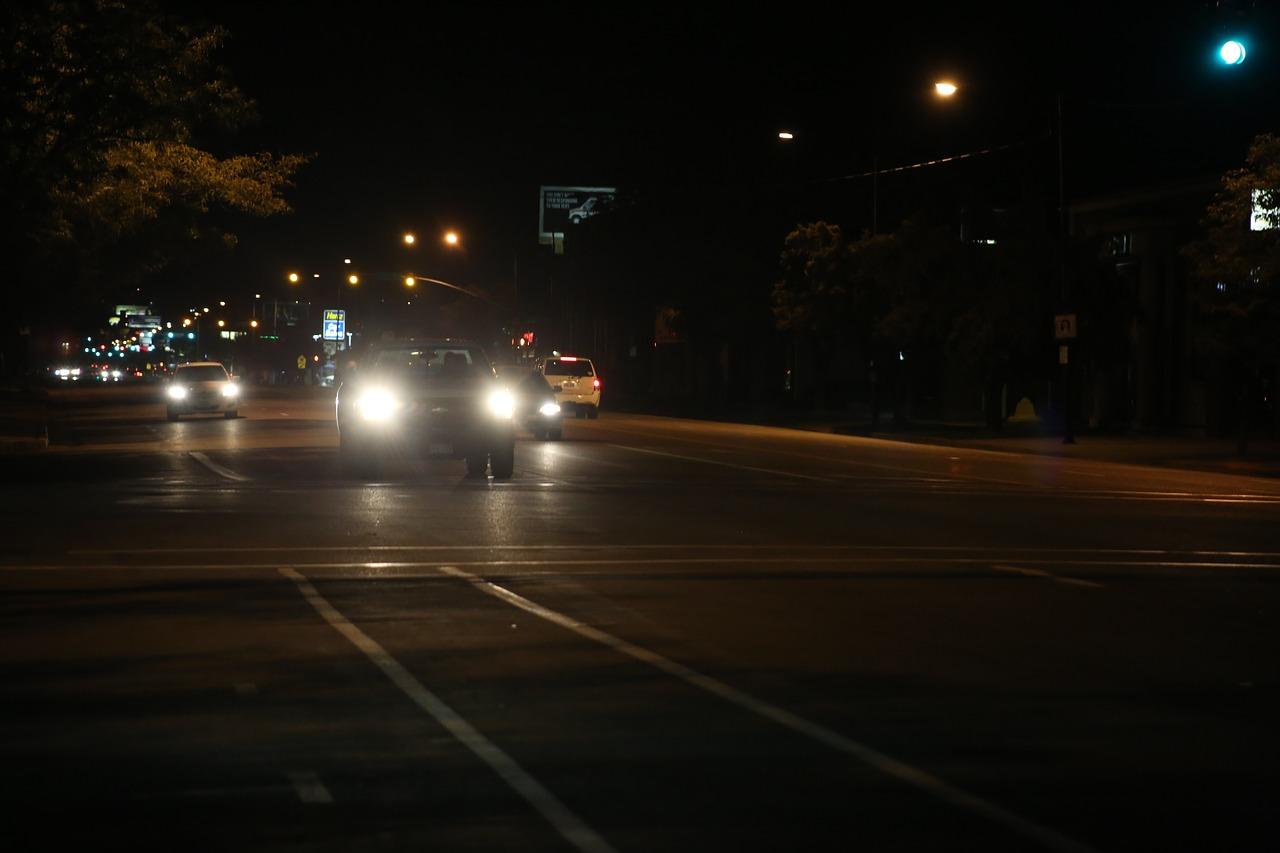 car-438730_1280.jpg