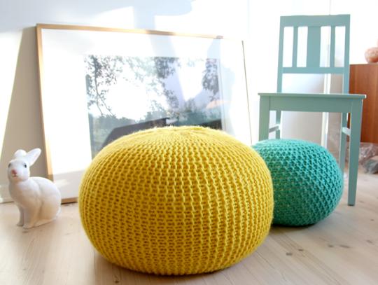 knittedpouf.png