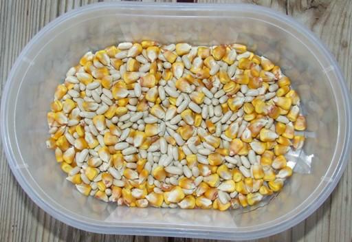 Játékok kukoricával