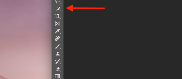 Quick Selection Tool icon indicated with red arrow in Photoshop