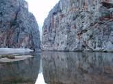 http://www.playas.es/images/torrent-de-pareis--sa-calobra-mallorca-s-550-playa-cala-teix-5611129.jpg