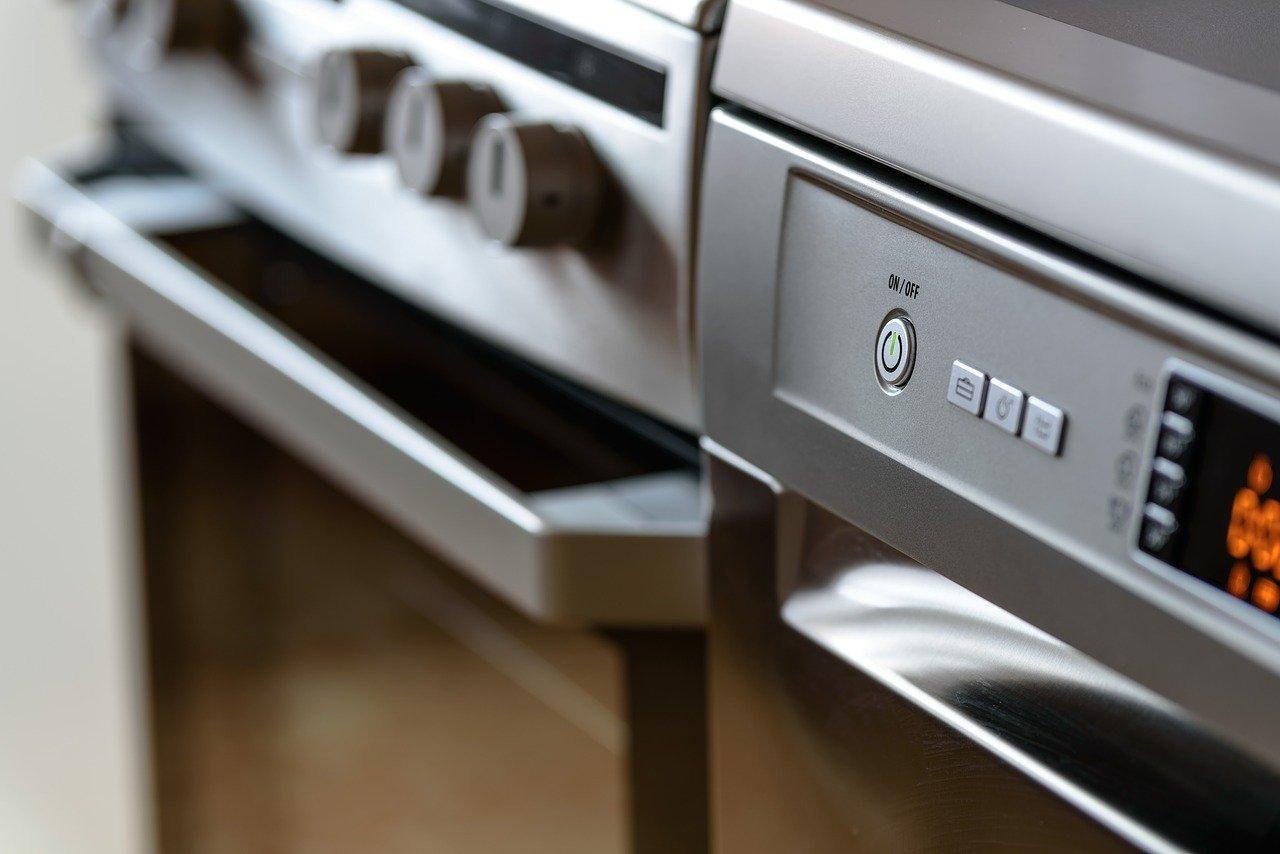 four-nettoyage-nettoyer-astuces-cuisine-entretien-conseils
