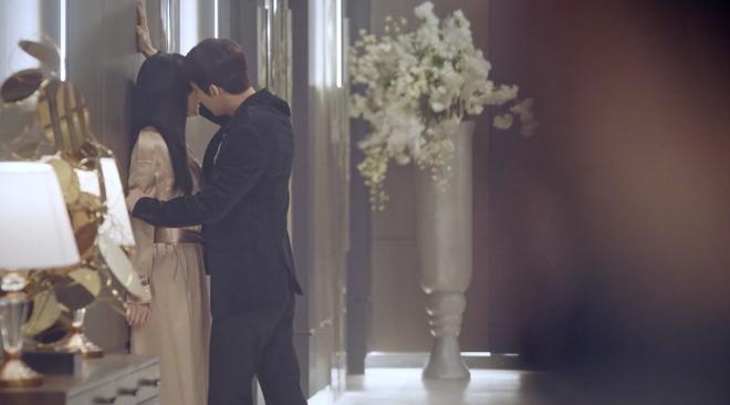 Ác nữ Seo Jin ở Penthouse 2 cần cúng giải hạn gấp: Chồng cũ thuê chồng real săn ảnh dàn cảnh ngoại tình, nhọ thôi rồi! - Ảnh 3.