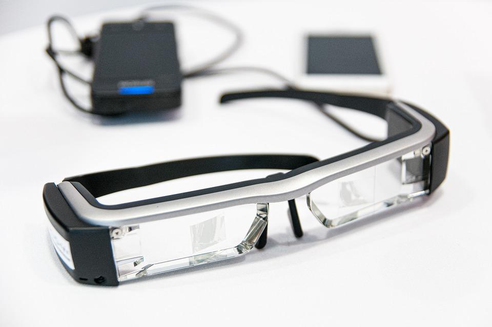 Epson Moverio Smart Glasses are used for text captioning