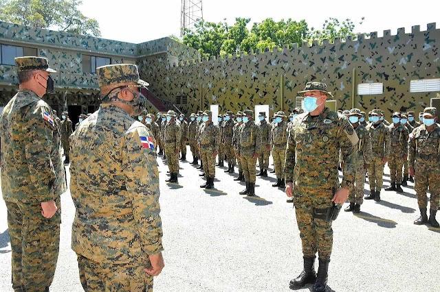 COMANDANTE GENERAL DEL ERD REALIZA RECORRIDO EN EL SUROESTE