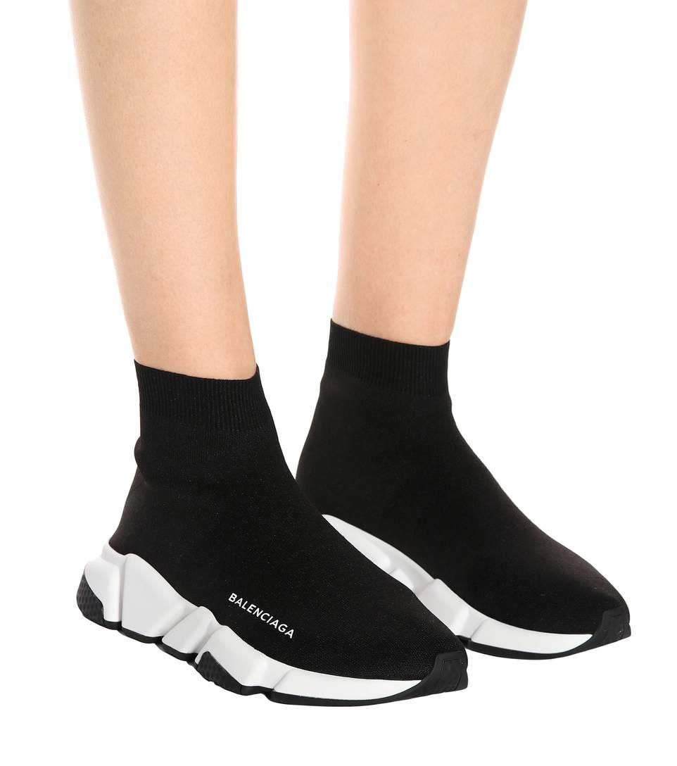 Giày Balenciaga Speed Trainer cũng rất phù hợp cho nữ