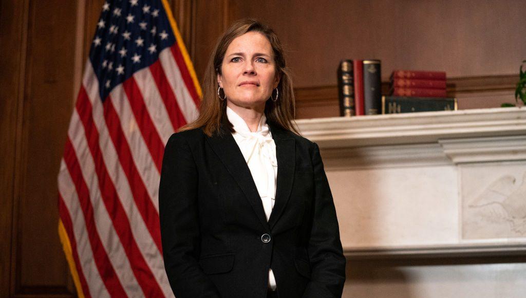 WASHINGTON, DC ngày 1/10: Thẩm phán Amy Coney Barrett, người được đề cử vào Tòa án Tối cao của Tổng thống Trump.
