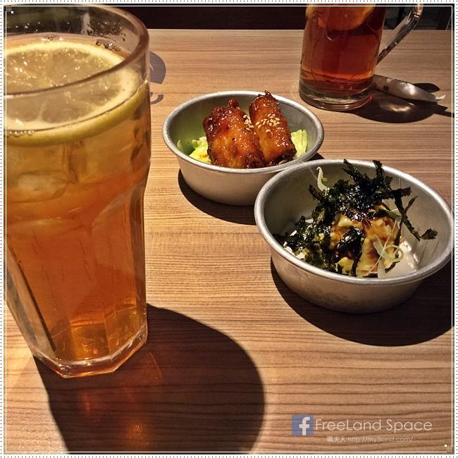 schoolfood.JPG