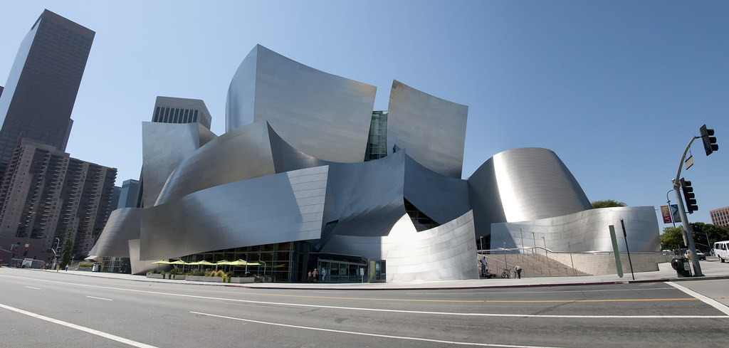 Walt Disney Concert Hall, Los Angeles, Califórnia.