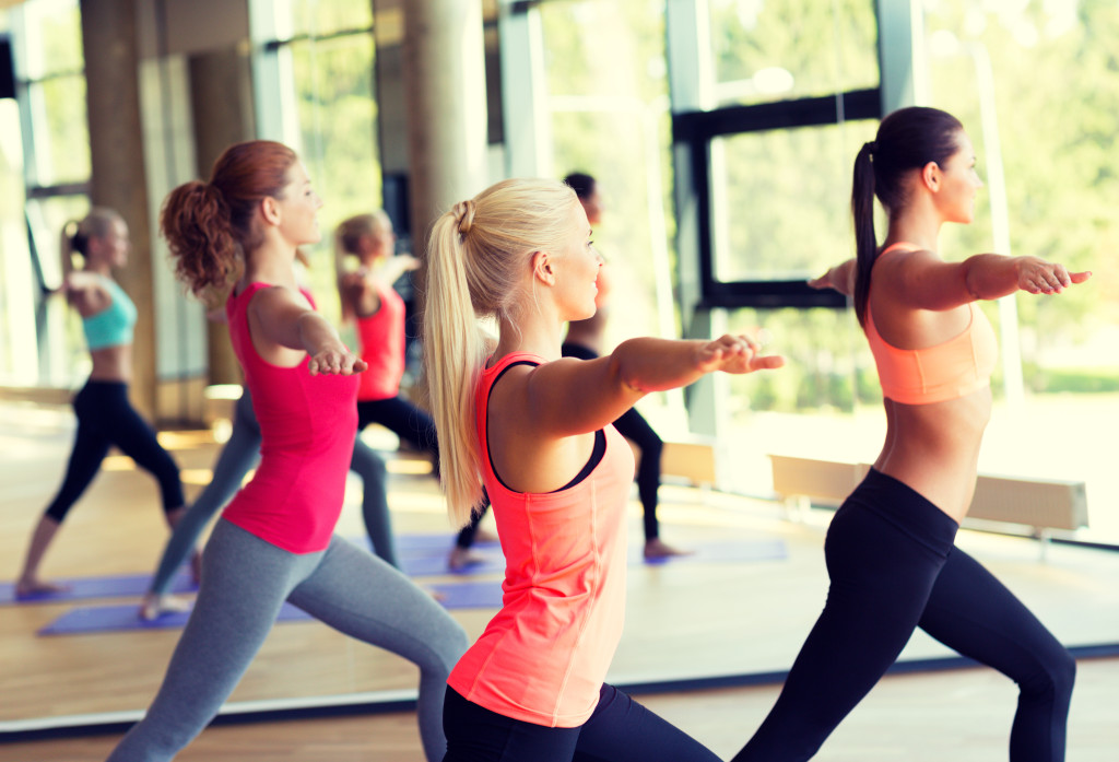 yoga-shutterstock-women-1024x697.jpg