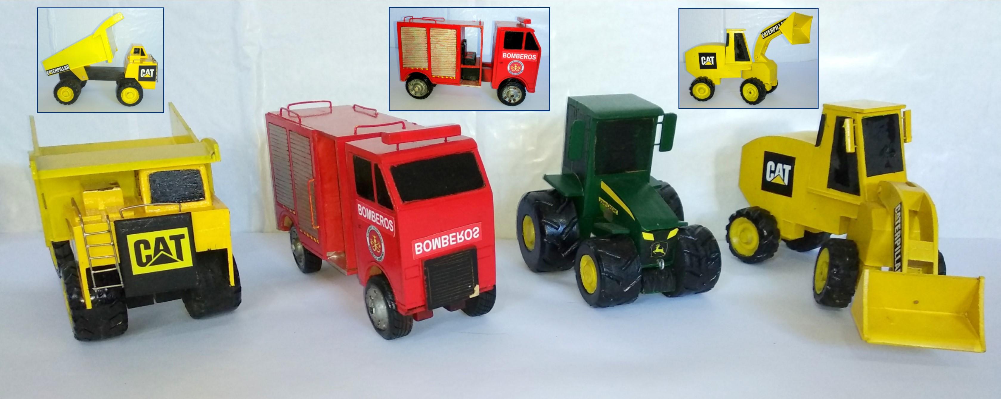 Las máquinas son de madera. Los Caterpillar tienen partes móviles. Camión volcador (15x21 cm). Topadora (12x28 cm). Camión de Bomberos (14x23 cm). Tractor (16x15 cm).