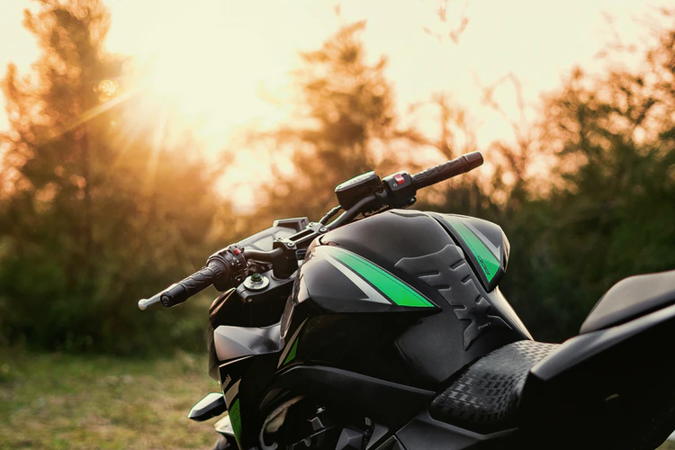 Motorcycle Tracks - Everything You Should Know About It