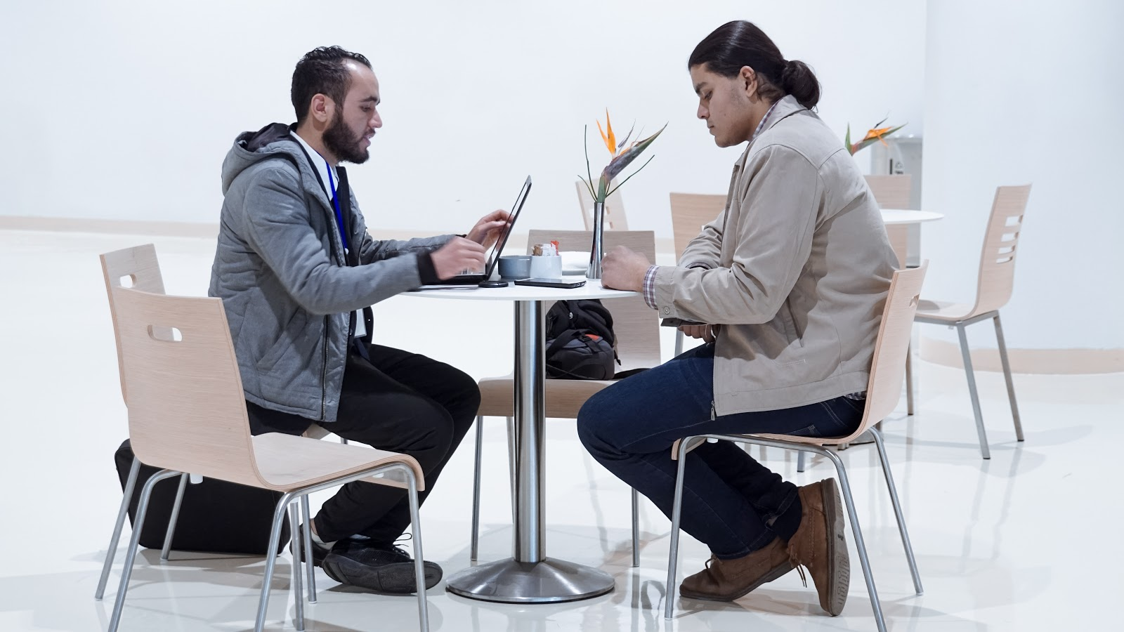 Зачем встречаться с клиентами лично