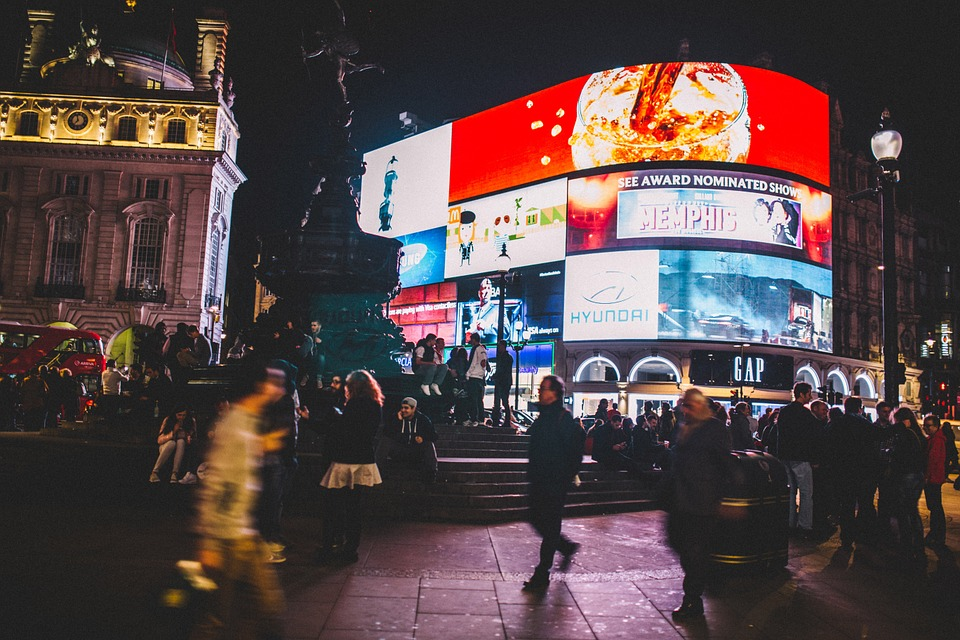 piccadilly-circus-926802_960_720.jpg