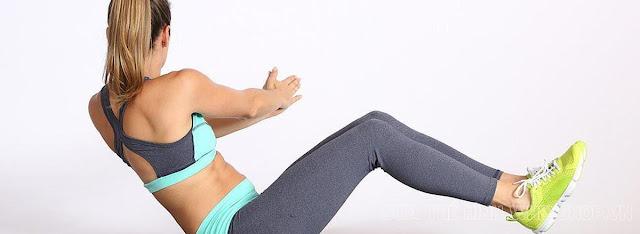 Tập ngồi xoay hông giảm cân