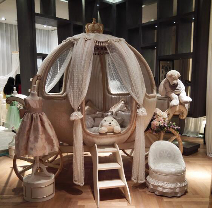 Magical Princess Bedroom Ideas with Pumpkin Carriage Bed