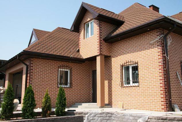 Вибираємо клінкерну цеглу для фасаду / Заміське Будівництво