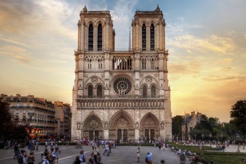 Architecture Paris Cathédrale Notre Dame  Cariboo Tourisme