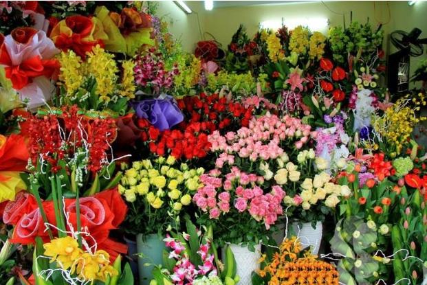 Đơn vị luôn cam kết cho khách hàng khi mua hoa tại đơn vị