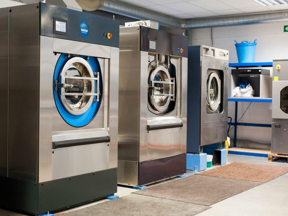 Máy giặt công nghiệp giá bao nhiêu?