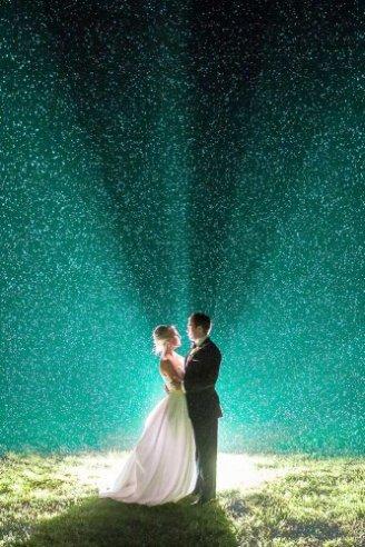 beautiful blue light decoration for wedding