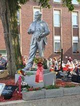 Lenin statute in Germany,.jpg
