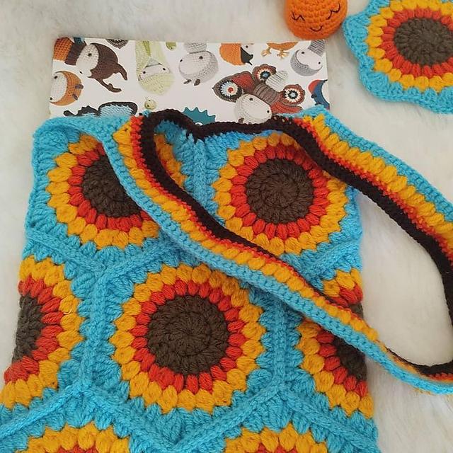 Sunflower Hexagons Bag crochet Pattern