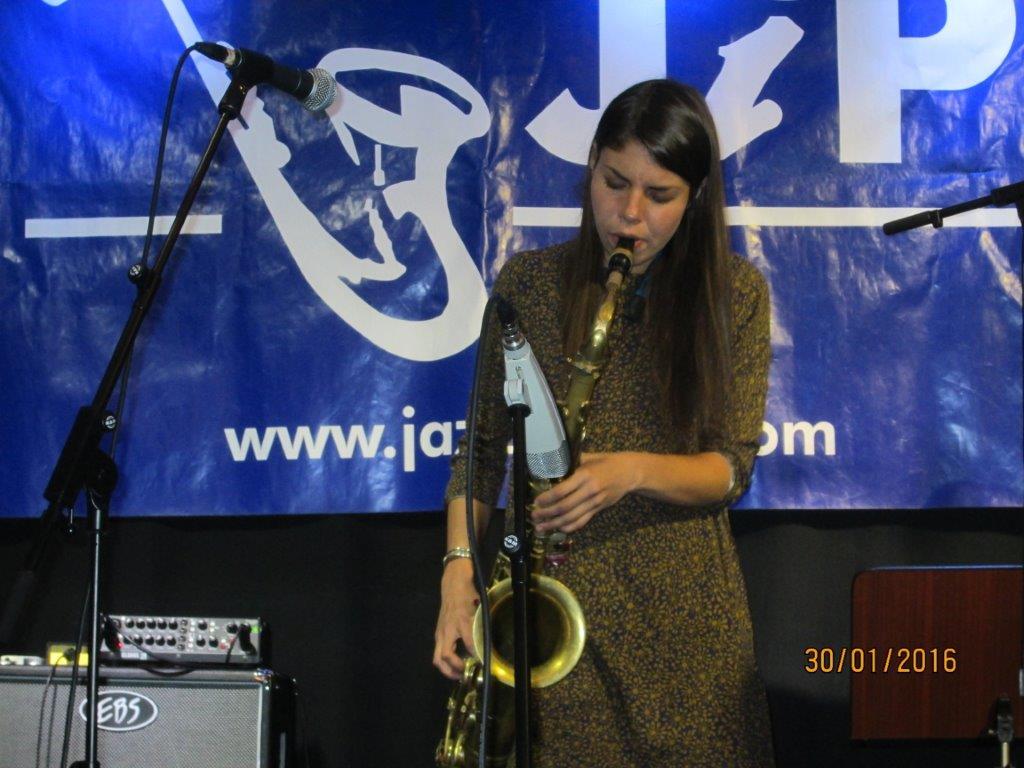 Melissa Aldana 03.jpg