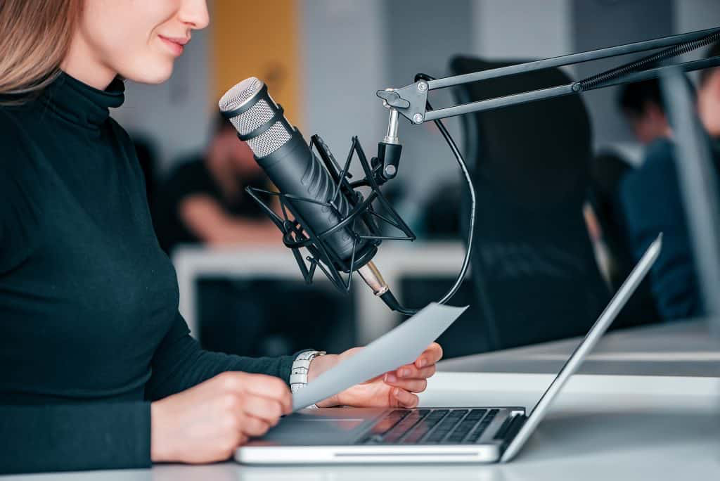 how to write a podcast episode? use script