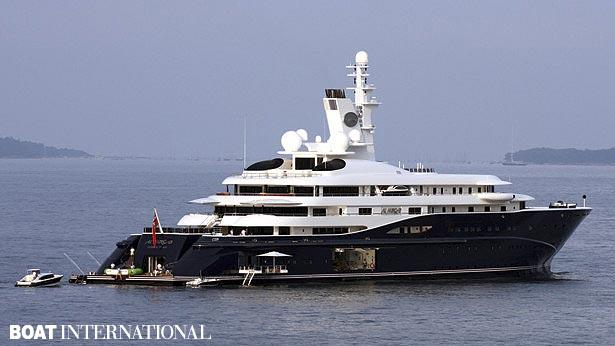 2RpKQDr6TNmb5Egv8zdt_top-200-largest-yachts-in-the-world-superyacht-in-the-world-superyacht-in-the-world-superyacht-al-mirqab-2560x1440.jpg