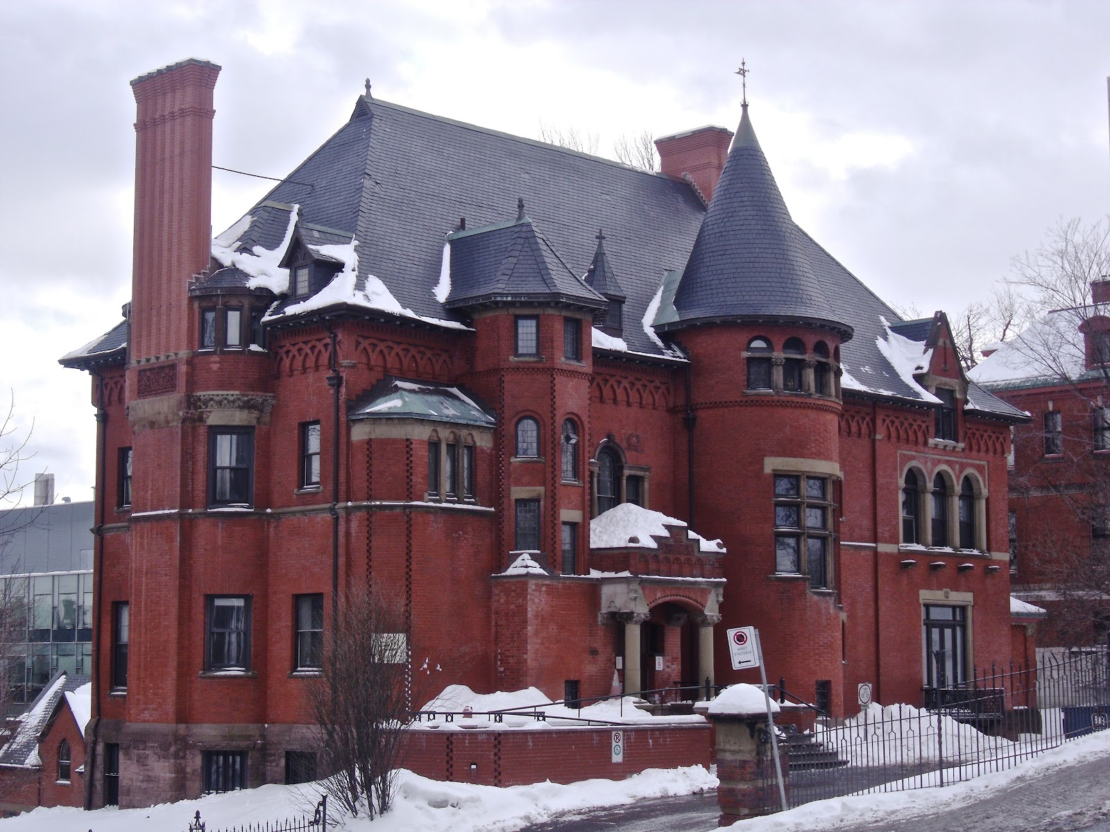 Most Iconic Houses in Canada real estate homes mansions historic lady meredith house ardvana