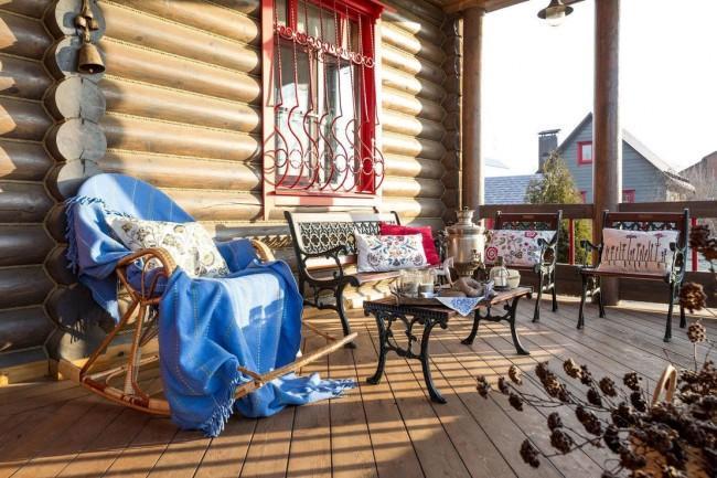 Дом с уютной террасой