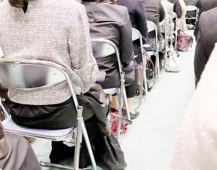 入学式のブランドスーツを選ぶ際の注意点