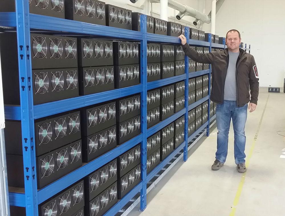 Cách đào Bitcoin nhanh nhất-mining farm
