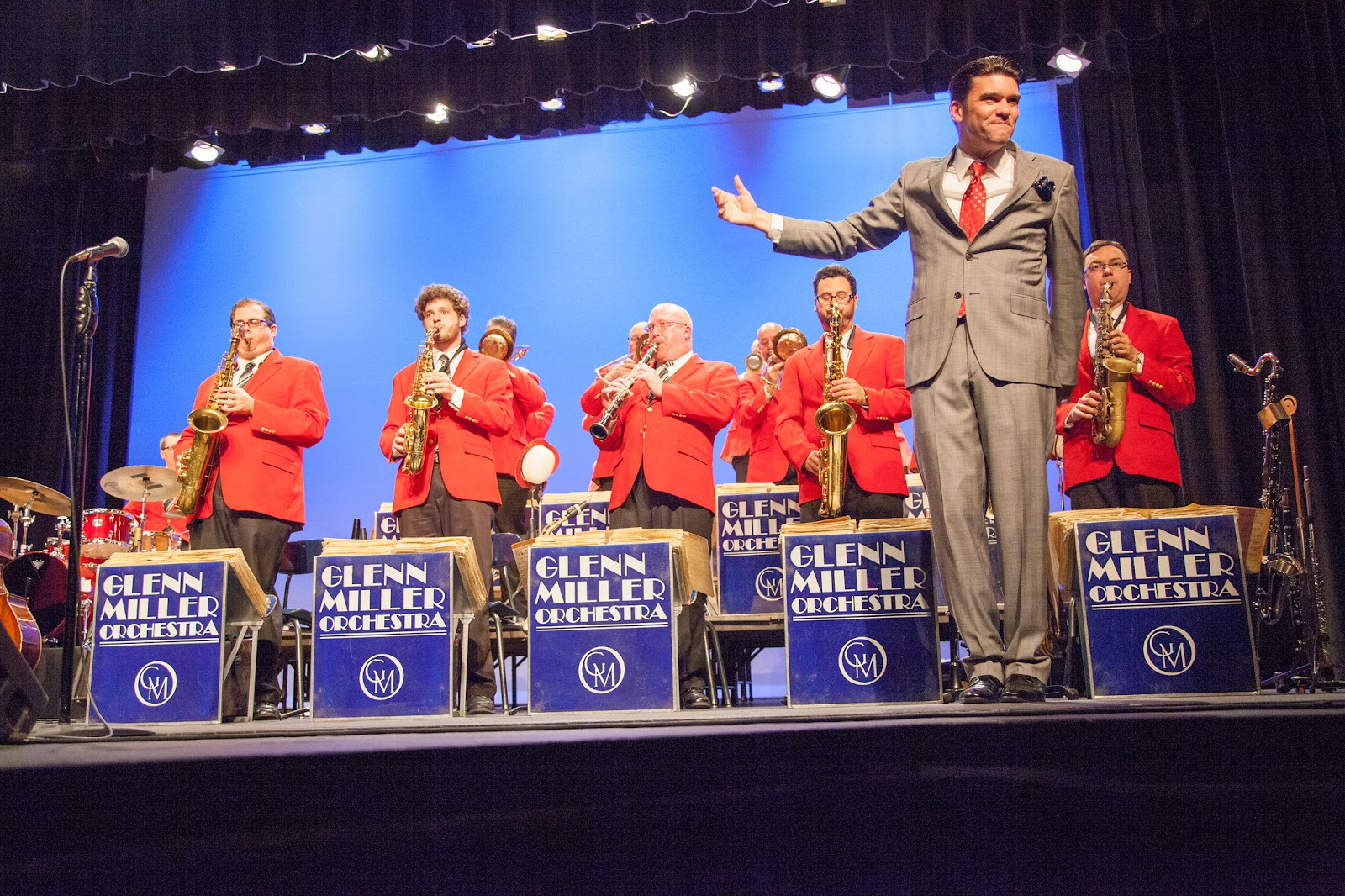 "'It Don't Mean a Thing If it Ain't Got that Swing!"" - The Glenn Miller Orchestra"
