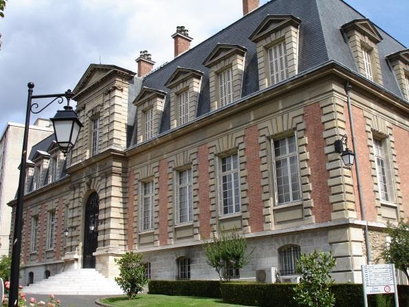 \\cngstkprd1\snplex\STEVEN\GENMED\GENMED - Annual Meetings\GENMED - Workshop 2015-2016\Agenda\Institut_Pasteur,_Paris_1.jpg