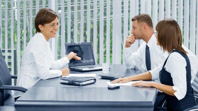 meeting-in-meeting-room-770x433.jpg