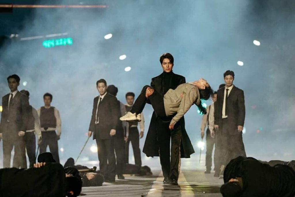 Lee Min Ho Makes A Heroic Rescue And Declares Kim Go Eun His ...