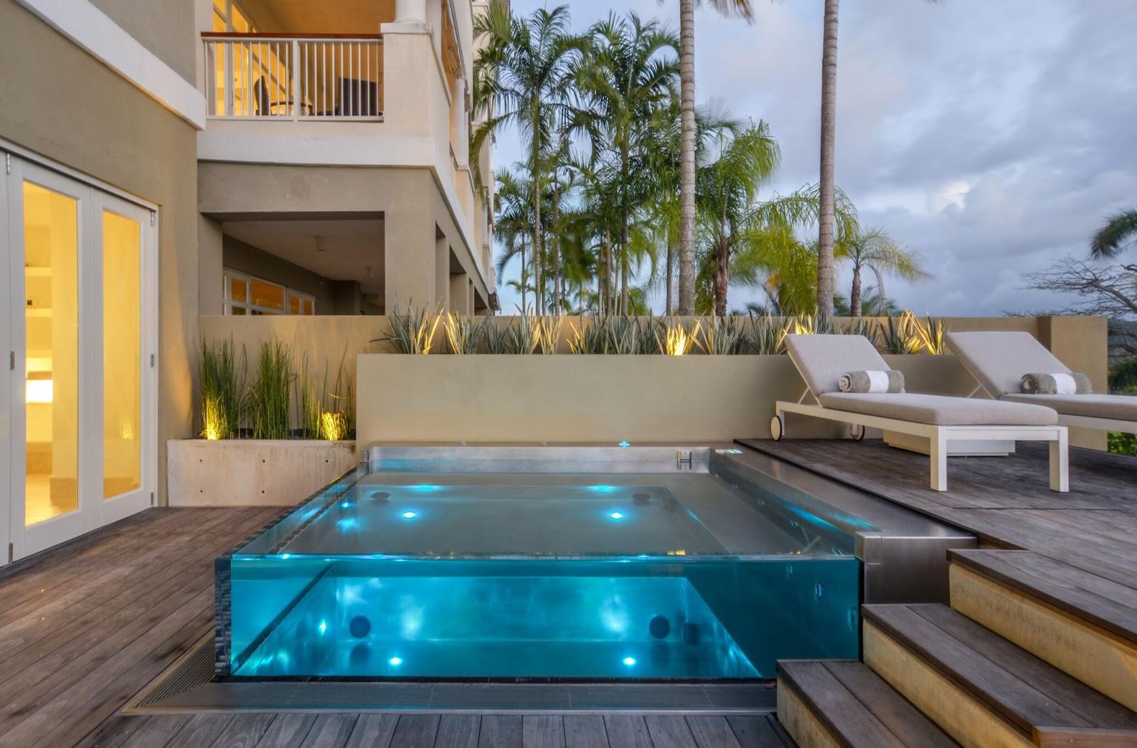 terrassedæk med swimminpool