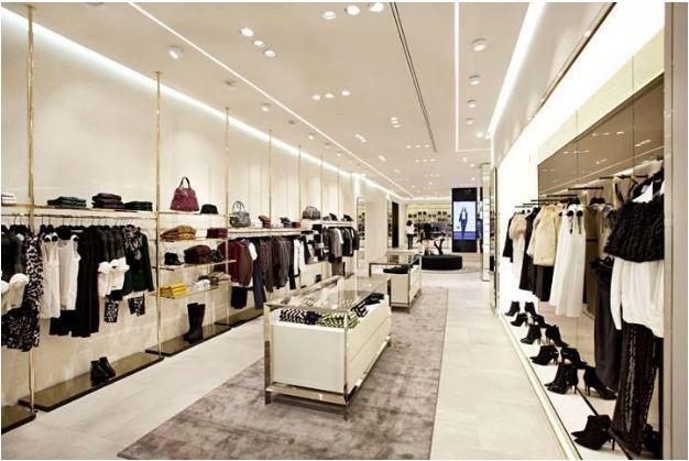 Hình ảnh bố trí showroom shop thời trang
