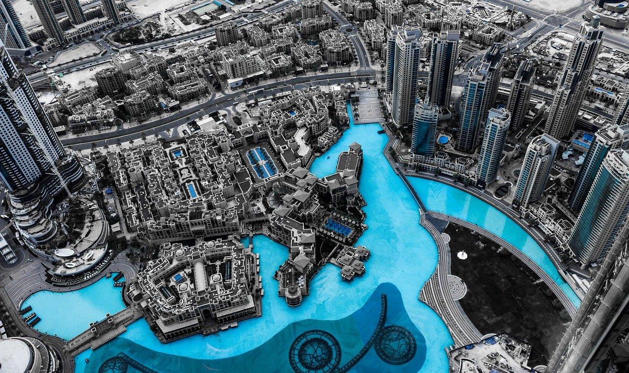 Dubai Travelling