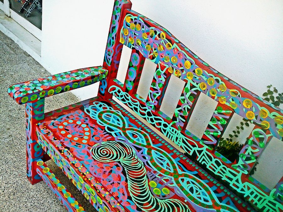 colorful_wooden_bench_by_zeiss29-d5huf34.jpg