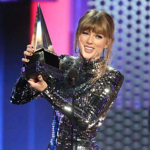 mage result for taylor swift amas 2018