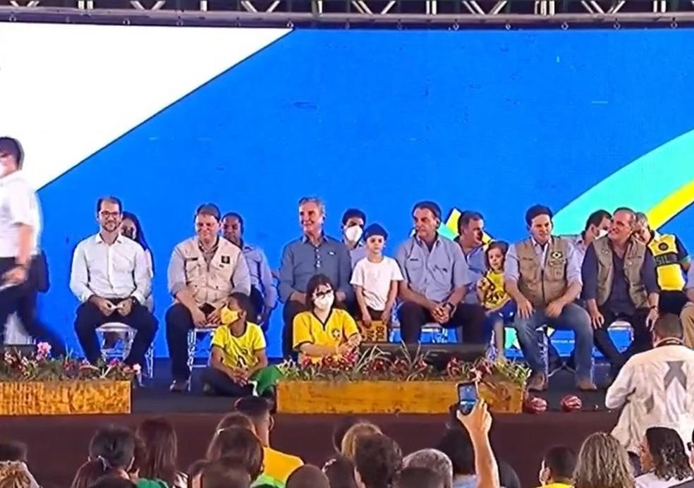 Bolsonaro chega à Bahia para entrega de duplicação de rodovias federais — Foto: Reprodução/TV Brasil